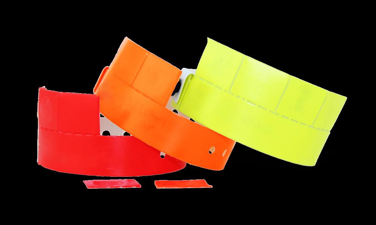 Braccialetti a quattro tagliandi in vinile senza personalizzazione 19 mm