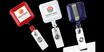 Portabadge avvolgibile quadrato personalizzabile
